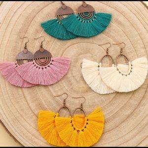 1 pair of Tassel Earrings